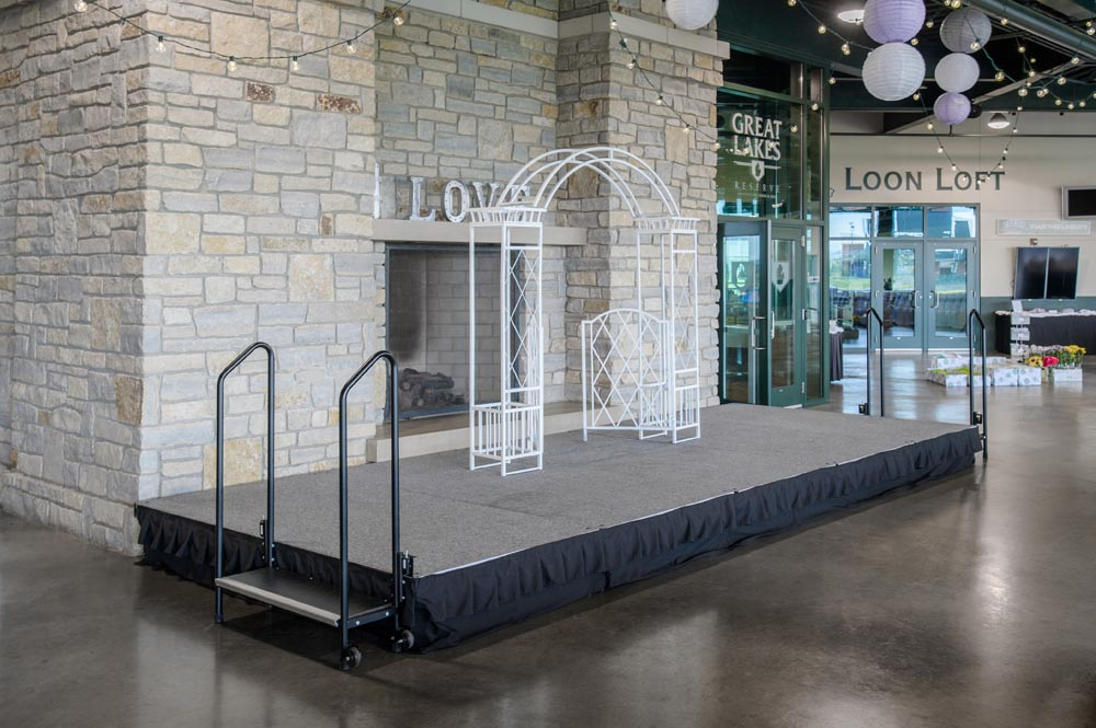 portable stage for wedding