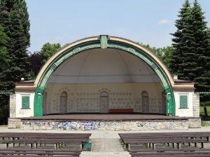 amphitheatre shell