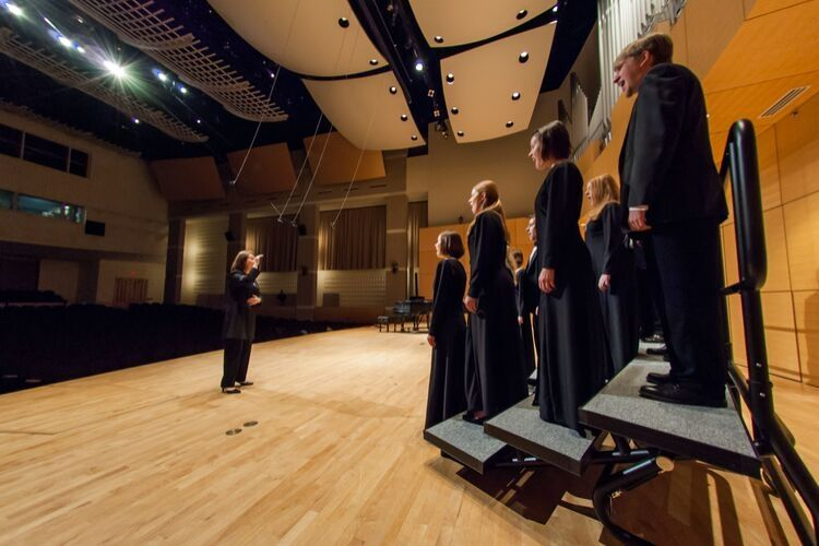 choir riser